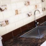 Плитка на стеках кухни