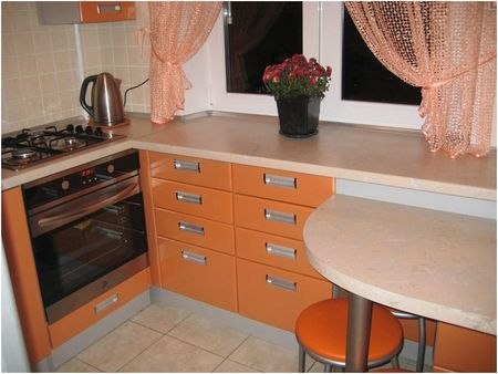 Дизайн кухни 4 кв.
