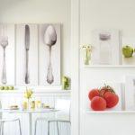 Оригинальное украшение стен на кухне