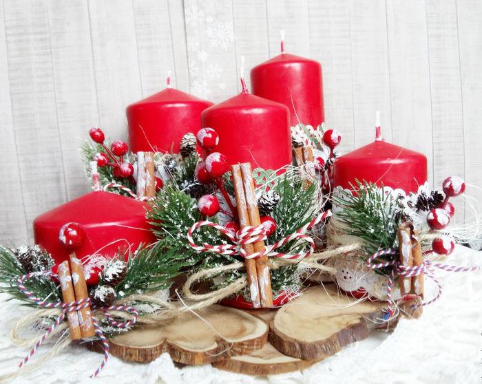 красные свечи для нового года