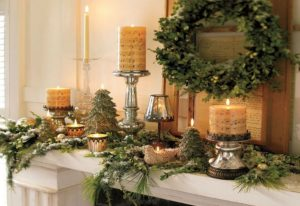 желтые новогодние свечи