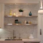 декор стен на кухне 04