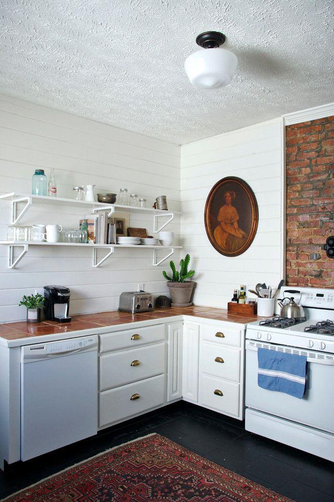 картину повесить на кухне