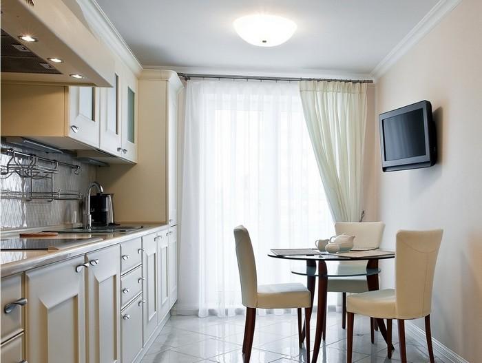 белые кухонные шторы