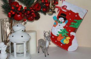подарочный сапожок для подарков со снеговиком