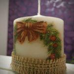 белая свеча с бантиком