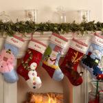 носки для подарков на камин 4