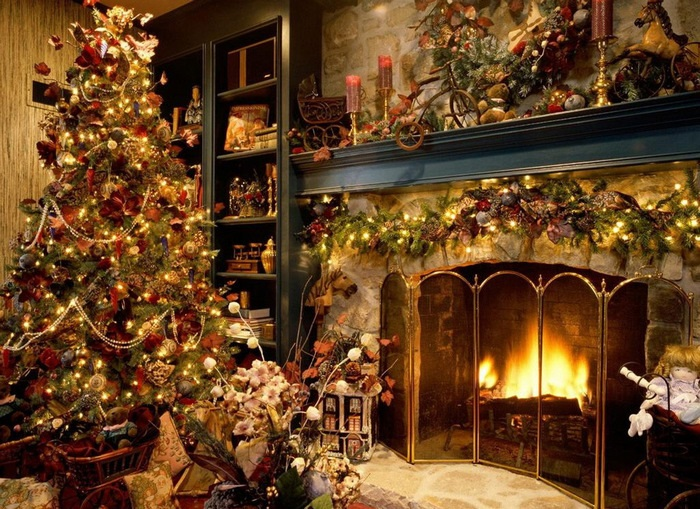 множество украшений на новый год и елка