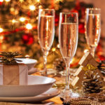 шампанское на праздничном столе
