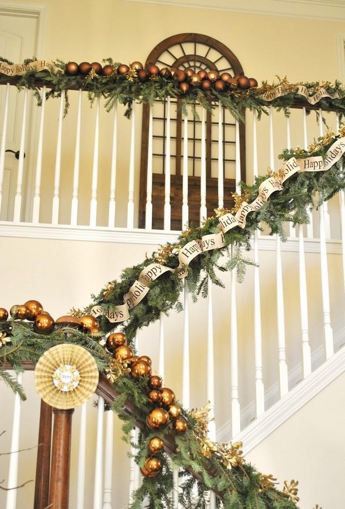 гирлянды для лестницы закрепляются леской