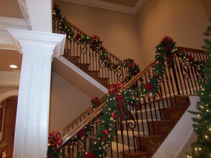 електрогирлянды для лестниц дома