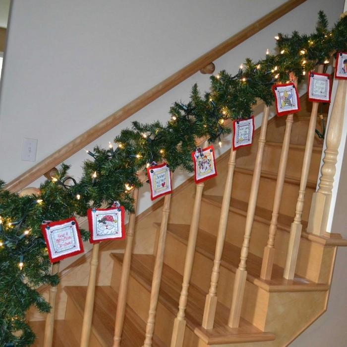 изысканное оформление лестницы в доме гирляндой