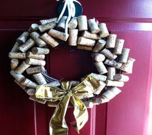 новогодние венки на двери 2