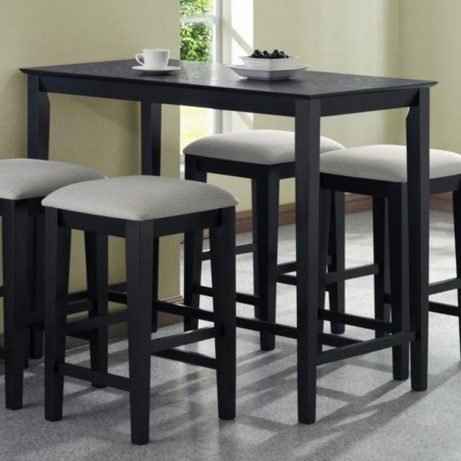 Барные стулья ИКЕА на кухне