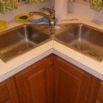 угловые кухонные мойки 2 чаши 1