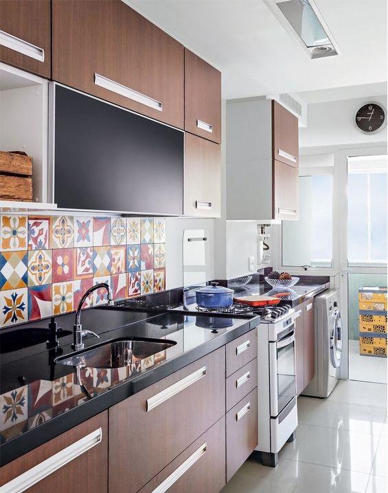 Кухонный фартук своими руками: 12 идей из подручных средств 17