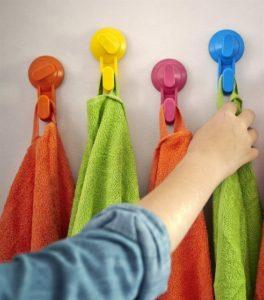 Разноцветные крючки СТУГВИК
