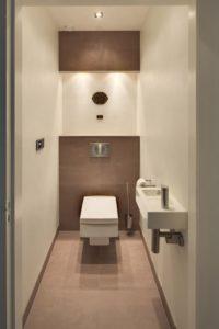 Оформление туалета в пастельных тонах