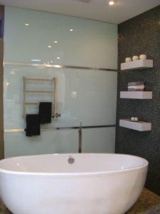Акриловые панели в ванной