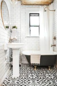 Оформление ванной керамической плиткой