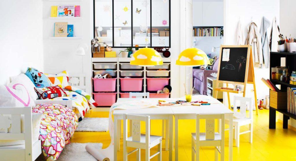 Foto-6-Katalog-IKEA-dlja-detej.-Svetilniki-iz-serii-SKOJG