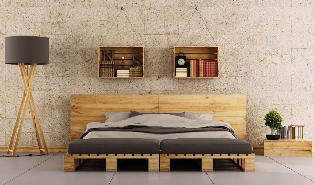 Садовая мебель из поддонов кровать